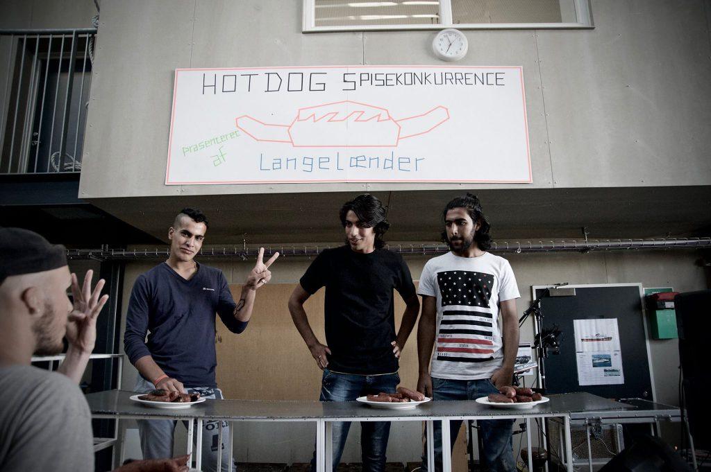 hotdogeaters_howmany